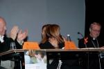 L'abbraccio fra Gina Codovilli e Domenica Spinelli, sindaco di Coriano
